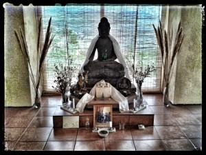 Uttaraloka Buddha